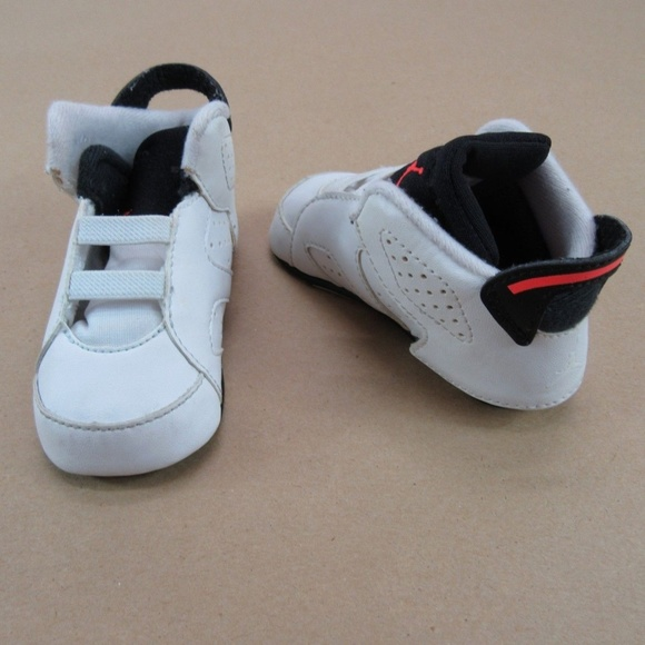 more photos 9f74c dbd1e Nike Air Jordan 6 Retro Gift Pack Infants size 3C.  M_5c02f44f6197454f1bd9a02f